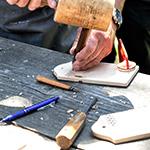木材補修にウッドパテ、多用途に穴埋めパテが便利すぎる。