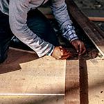 丸ノコで正確に一直線を切る方法!おすすめ丸ノコガイドを2つ厳選。